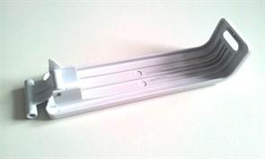 Защібка для соковижималки (з боку перемикача) Philips 420306551110